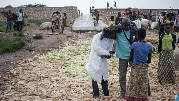 Ebola Batı Afrika dışındaki Afrika ülkelerinde de görülmeye devam ediyor
