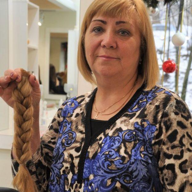 Львів'янка Стефанія Приймак чотири роки відрощувала довге волосся.