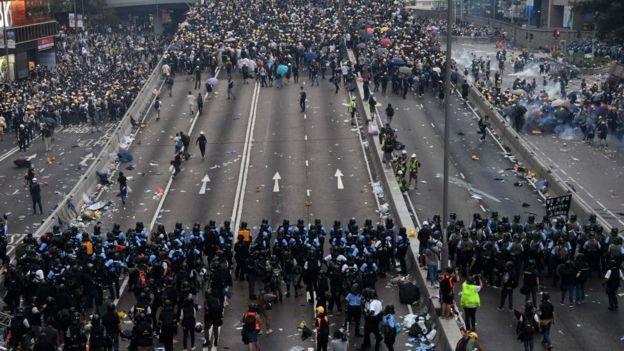 12 июня Гонконг