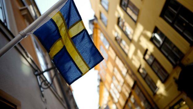 Bandera sueca en Estocolmo.
