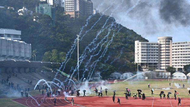 香港三罷高峰「返工」有多難?四名BBC記者的真實通勤經歷-風傳媒