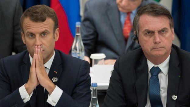 Macron, fotografado ao lado de Bolsonaro