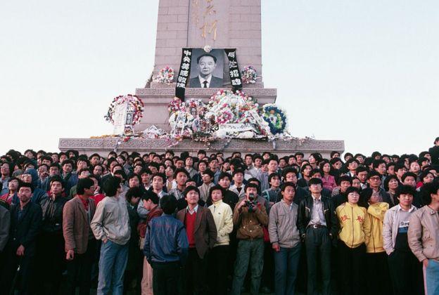 1989年胡耀邦的离世被视为是后来学生运动的导火索。