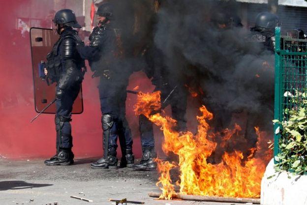درگیری پلیس ضد شورش با تظاهرکنندگان در پاریس