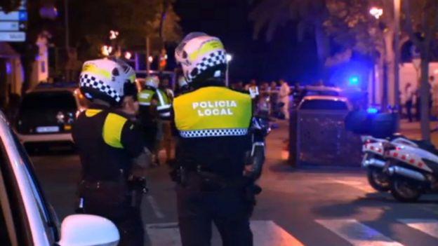 Policías en Cambrils.