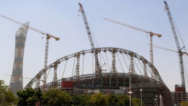 建设中的哈利法国际体育场(Khalifa International Stadium,或称卡塔尔国家体育场)