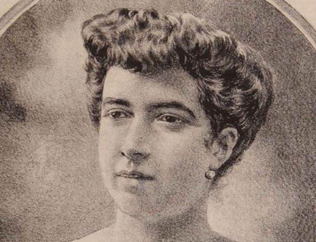 """Retrato de Ernestina Pérez en la revista """"La Lira Chilena"""" (1904)."""