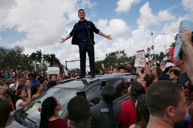Cameron Kasky addressing a rally at Marjory Stoneman Douglas High School after participating in a county wide school walk out
