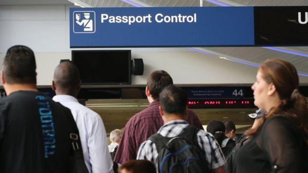 Паспортный контроль в США