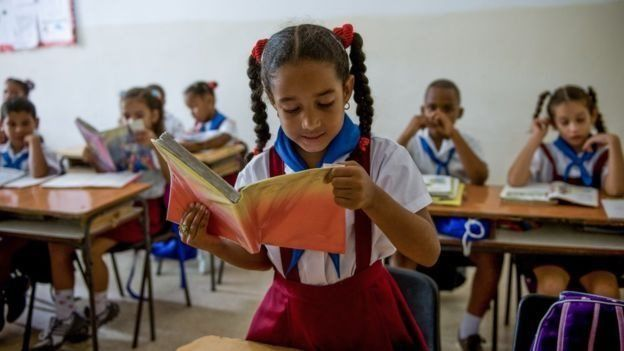 Aula de clases en Cuba.