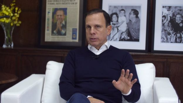 João Doria em sala do gabinete da Prefeitura de São Paulo