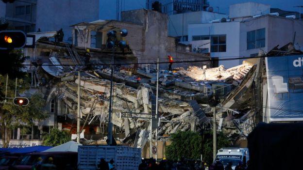Edificio de la avenida Álvaro Obregón 286 de Ciudad de México destruido por el terremoto de magnitud 7,1 del martes.