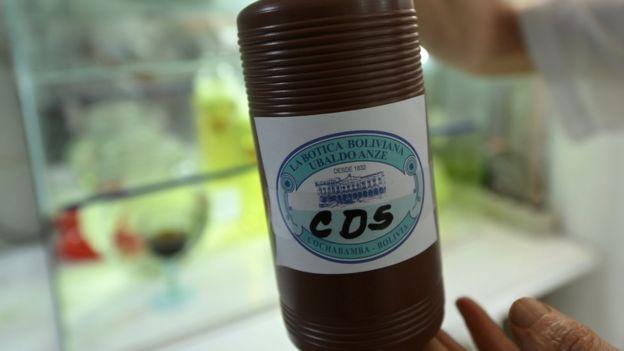Botella de CDS en Bolivia