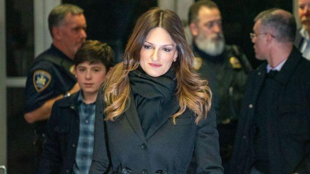 دونا روتونو - من فريق دفاع المنتج