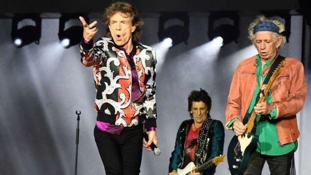 Mick Jagger, Ronnie Wood y Keith Richards en concierto en Marsella.