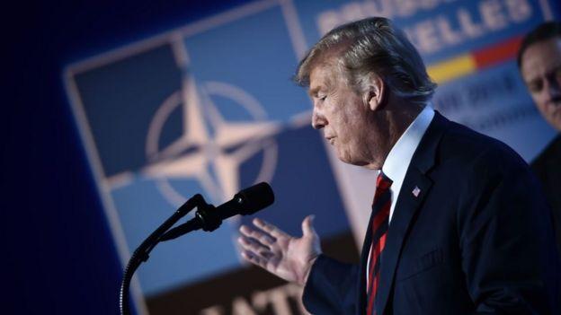 Trump di KTT NATO 2018.