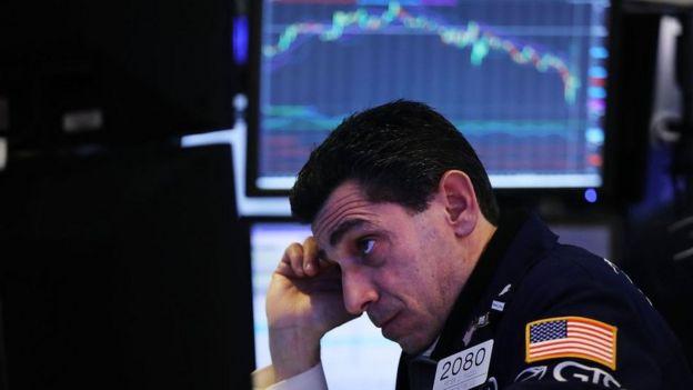 desplome de acciones en Wall Street