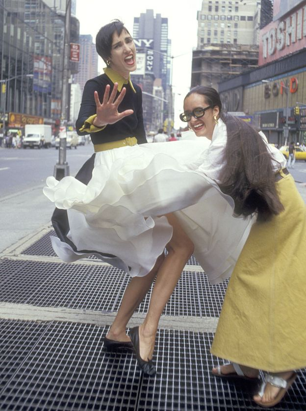 Isabel Toledo with the model Dovanna Pagowska at a photo shoot in Times Square, New York City, in 1987