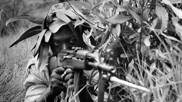 A nationalist Rhodesian fighter trains in the South of Rhodesia (05 May 1975)