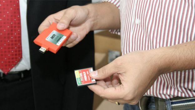 Memória flash e memória de resultado de uma urna eletrônica