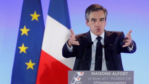 Cựu thủ tướng François Fillon tại một buổi vận động tranh cử ở Maisons-Alfort, gần Paris tháng Hai 2017