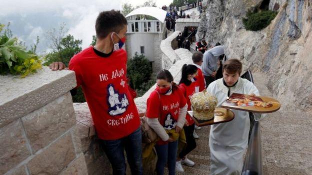 Верующие в Черногории