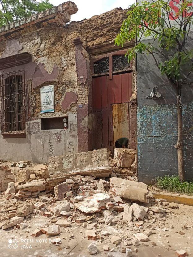 Un edificio dañado en Oaxaca