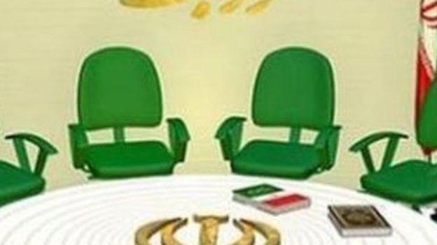 شورای نگهبان دوازده عضو دارد. اعضای حقوقدانان شورا پس از معرفی از سوی رئیس قوه قضائیه که خود منصوب رهبر است، با رای نمایندگان مجلس که نامزدی آنها از سوی شورای نگهبان تایید شده بوده، برای یک دوره شش ساله انتخاب میشوند