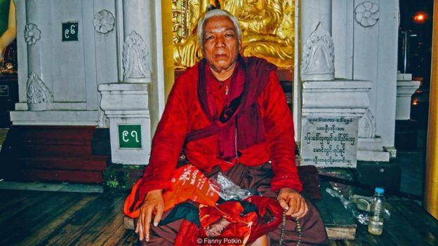 Miến Điện: Pháp sư nơi cửa Phật _91970483_p049vk51-1