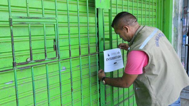 Operação de fiscalização interdita farmácia no Pará