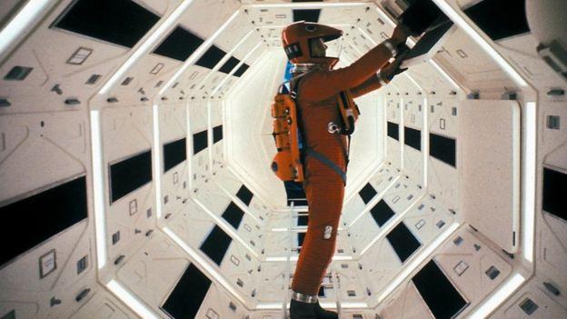 2001: Uzay Yolu Macerası, 1969