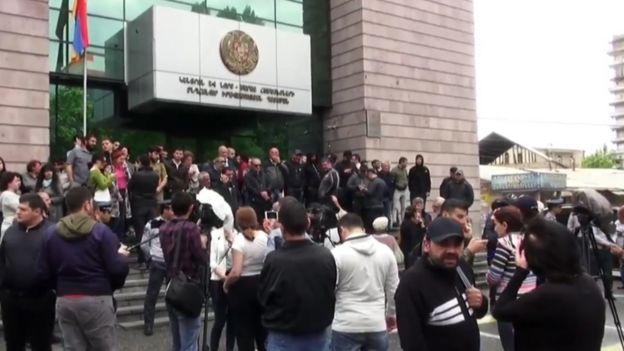 Ermənistanda etirazlar