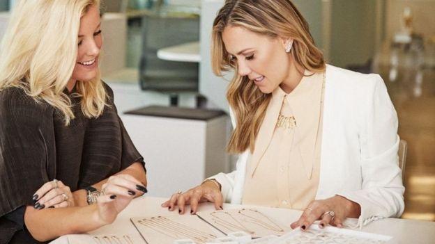 تمثل النساء 96 في المئة من مجموع العاملين بالشركة