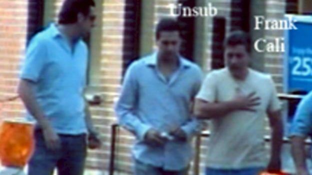 В 2008 году Кали (справа) признал себя виновным в вымогательстве, за которое отсидел год и 4 месяца