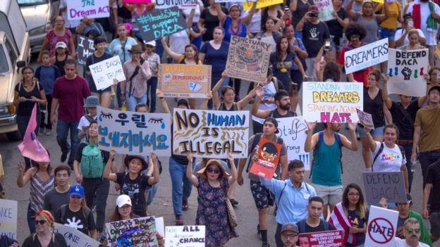 Protesto na Califórnia pela manutenção do Daca