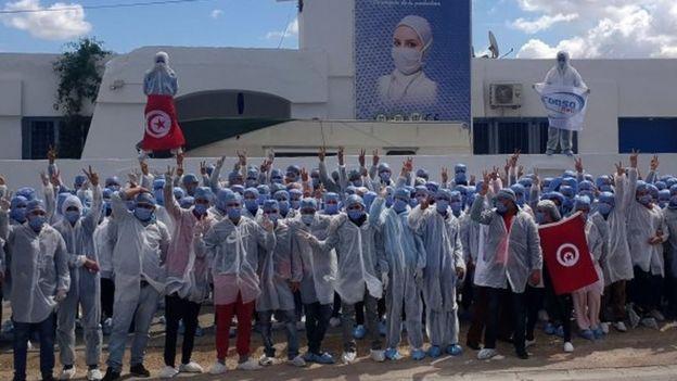 Funcionários da Consomed na Tunísia