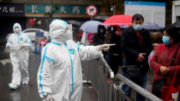 A queue at a fever clinic in Hubei province on Friday