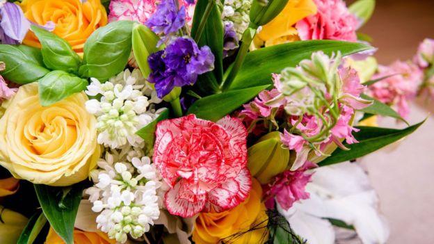 Cómo Alargar La Vida De Las Flores Que Te Regalaron Para San