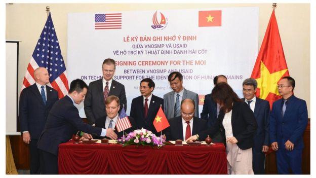 Đây là hợp tác giữa Cơ quan Phát triển Quốc tế Hoa Kỳ (USAID) và Cơ quan Việt Nam tìm kiếm người mất tích (VNOSMP)