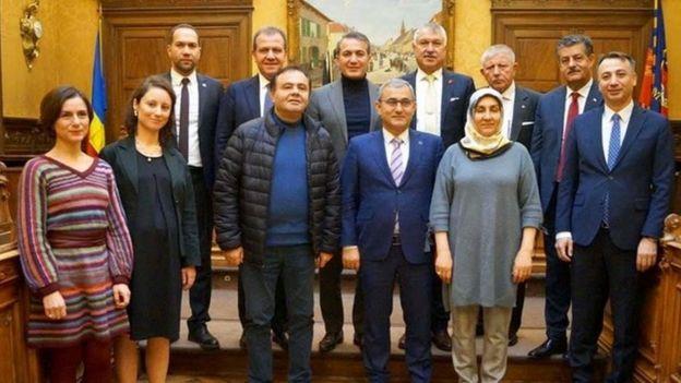 Emir Kır, Facebook'tan görüşme sonrası bu fotoğrafı paylaştı.