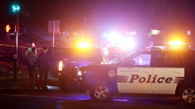 حمله چهارشنبه شب منجر به کشته شدن ۱۲ نفر از جمله یک افسر پلیس شد