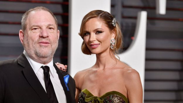 Weinstein y su esposa
