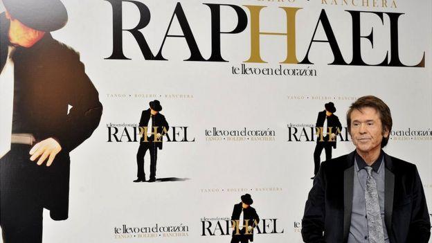Raphael, cantante español