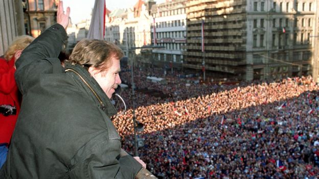 Vaclav Havel, a dissident playwright and leading member of the Czechoslovak opposition Civic Forum, overlooks Prague's Wenceslas Square, 10 December 1989