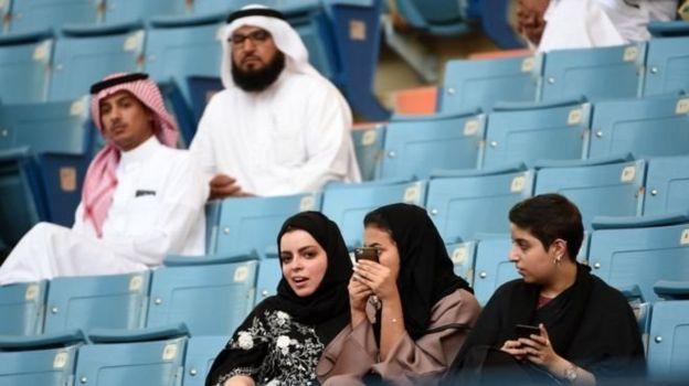زنان عربستان به استادیوم رفتند