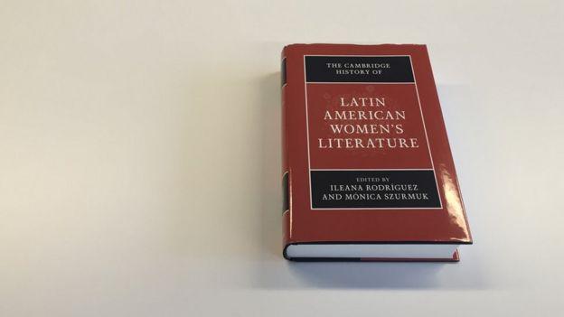 La historia de Cambridge de la literatura femenina en América Latina.