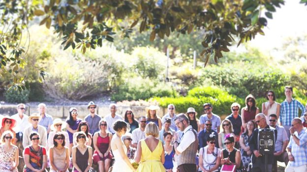 Eugenie Wedding How I Also Went Plastic Free On My Big Day Bbc News