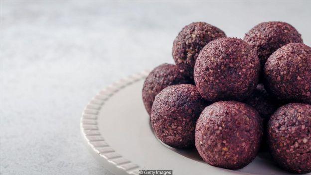 通常蛋白球的卡路里含量非常高,且含有大量的碳水化合物(Credit: Getty Images)