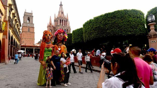 San Miguel de Allende es uno de los principales destinos turísticos de México.