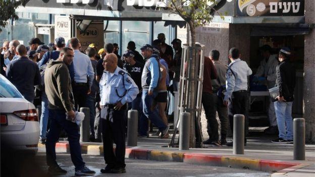 İsrailli güvenlik görevlisi bıçaklandı, Filistinli saldırgan gözaltına alındı